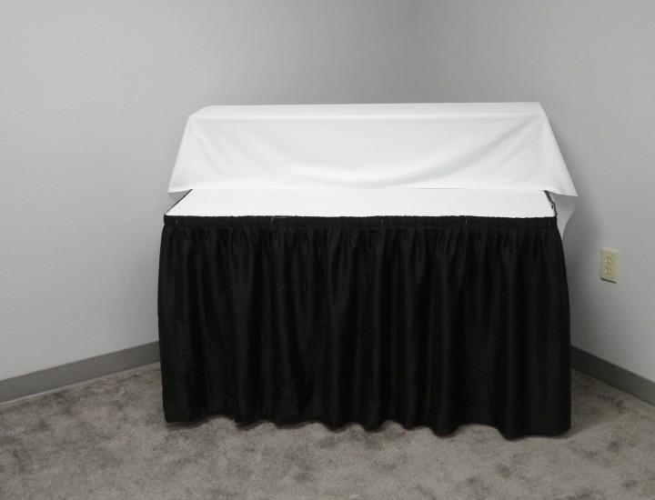 Single step table riser